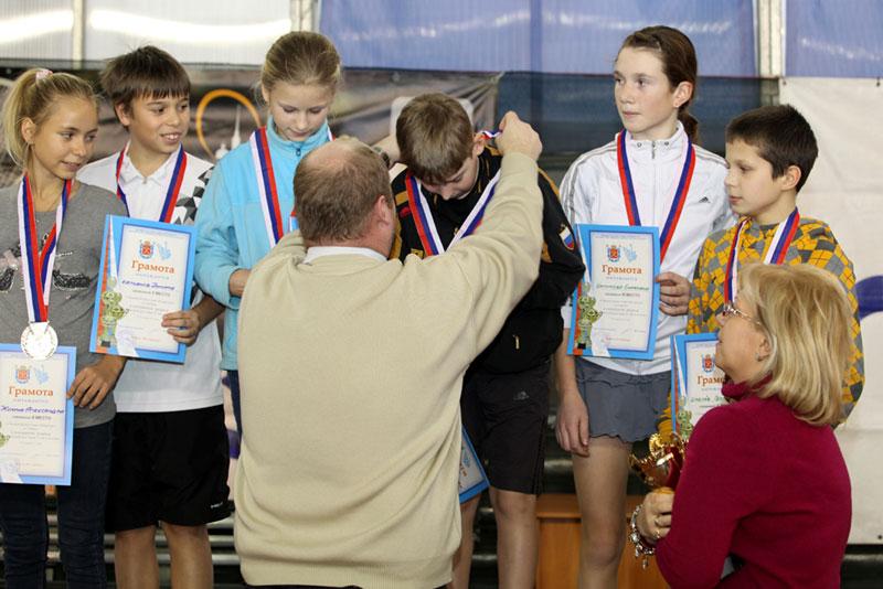 http://tennis-piter.ru/piter/files/20120121104704.jpg